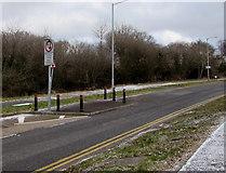 ST3096 : Traffic calming on Edlogan Way, Croesyceiliog, Cwmbran by Jaggery