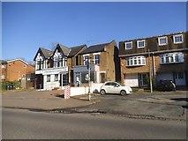 TQ4094 : Epping New Road, Buckhurst Hill by David Howard