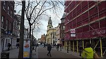 SO8554 : High Street by Peter Mackenzie