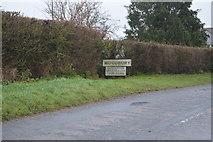 SY0086 : Entering Woodbury by N Chadwick