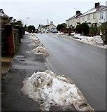 ST3090 : Snow mounds, Pillmawr Road, Malpas, Newport by Jaggery