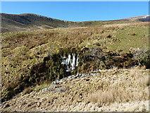 SJ0730 : Seepage ice above the Nant y Llyn by Richard Law