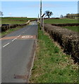 SO4200 : End of the 40 zone on the B4235, Llangwm, Monmouthshire by Jaggery