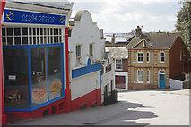 TM3034 : Bent Hill, Felixstowe by Stephen McKay