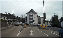 SX9064 : Newton Road and Avenue Road junction by John C