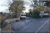 SX9372 : Dunmow Drive by N Chadwick
