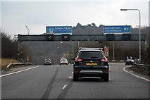 TQ0168 : Borough of Runnymede : M3 Motorway by Lewis Clarke