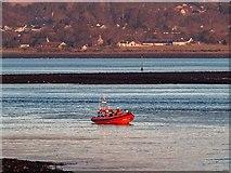 NH6647 : Kessock Lifeboat returning to station by valenta