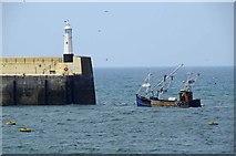 SC2484 : Returning to Port by Glyn Baker
