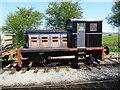 SU1089 : Fowler 0-4-0 diesel locomotive, Swindon & Cricklade Railway by Vieve Forward