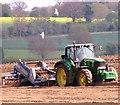 TG3005 : A farmer working in his field : Week 17