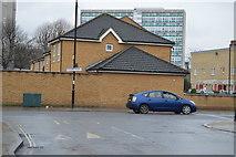 TQ3376 : Southampton Way by N Chadwick