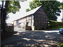SJ3335 : Old barn at Plas Wiggin by Eirian Evans