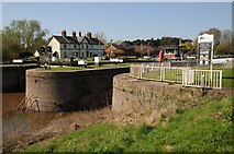 SO8453 : Locks and lockkeepers house by Philip Halling