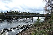 NZ1164 : Wylam Bridge, Wylam by Graham Robson