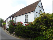 TR1859 : River House, King Street, Fordwich by pam fray