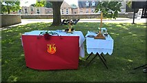 TF1505 : Altar for outdoor communion service at St. Benedict's, Glinton by Paul Bryan