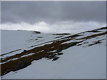 NN3240 : The head of Coire Reidh by Richard Law