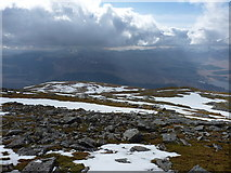 NN3240 : Level ground to the west of Beinn an Dòthaidh by Richard Law