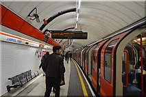 TQ3381 : Central Line at Liverpool Street Station by N Chadwick