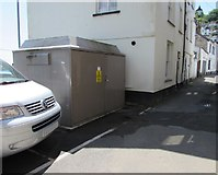 SX2553 : West Looe Quay electricity substation, Looe by Jaggery