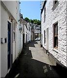 SX2553 : Narrow Princes Street, West Looe by Jaggery
