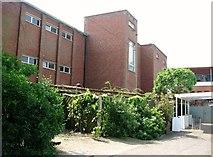 TG2308 : Teaching block at Norwich School by Evelyn Simak