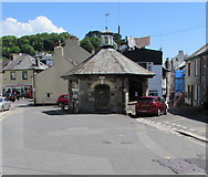 SX2553 : Round House Gallery, Fore Street, West Looe by Jaggery