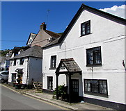 SX2553 : Cornish Arms Cottage, Fore Street, West Looe by Jaggery