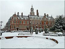 TQ3265 : Croydon Town Hall by Robin Webster