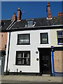 TM5593 : This house was once the Bell Inn, High Street, Lowestoft by Adrian S Pye