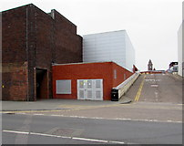 SU4766 : Market Street electricity substation, Newbury by Jaggery
