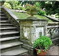 TG2208 : The Plantation Garden - pedestal containing Cosseyware by Evelyn Simak
