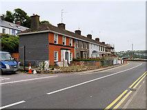W6449 : Houses on Pier Road, Kinsale by David Dixon