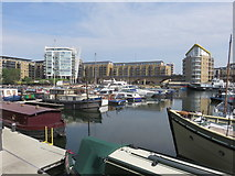 TQ3680 : Limehouse Basin by Richard Rogerson