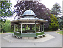 SE3238 : Shelter, Roundhay Park by Stephen Craven