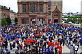 C4316 : Crowds at Shipquay Place, Derry / Londonderry by Kenneth  Allen