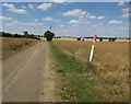 TL2380 : Bridleway to Little Wills Farm by Hugh Venables