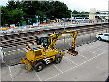 SU4766 : Yellow Megarailer at the edge of Newbury railway station by Jaggery