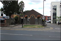 SP2871 : Public toilets in Kenilworth town centre by Jaggery