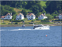 NS0373 : Boat passing Altgaltraig Point by Thomas Nugent