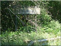 NR9983 : Glendaruel sign by Thomas Nugent
