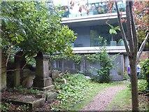 TQ2887 : House overlooking Highgate Cemetery by Marathon