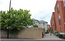 SU8821 : St Margaret's Way, Midhurst by David Howard