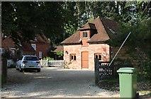 SU5732 : Borough Farm House, Itchen Stoke by David Howard