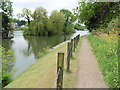 SU9974 : The Thames Path National Trail near Ham Island by Dave Kelly