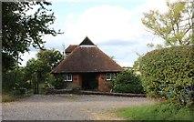 SU4354 : Hall Cottage, Woodcot by David Howard