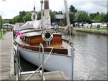 TG3724 : The Wherry Yacht 'Norada' by Evelyn Simak
