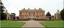 SE5158 : Beningbrough Hall by Gordon Hatton