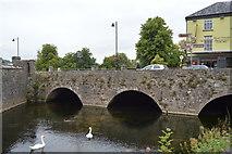 S0524 : Cahir Bridge by N Chadwick